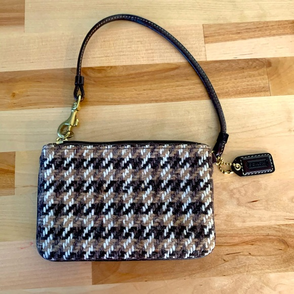 Coach chevron knit wristlet!! So cute!!